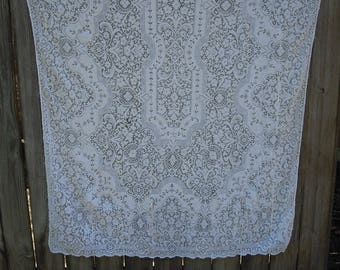 229T  Quaker Lace Ivory Tablecloth, Wedding Table