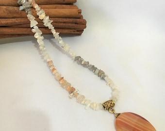 Carnelian and Moonstone Necklace, Gemstone Necklace, Carnelian Pendant, Moonstone chip Necklace, Crystal Necklace, Pendant Necklace