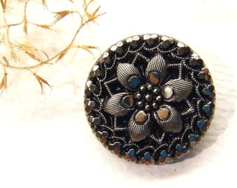 """Vintage Button, FLOWER, Marked La Mode, Silver Glass, 7/8"""", ANIMAL Charity Donation"""