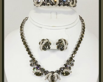 Vintage Weiss Parure,Vintage Weiss Jewelry Set,Vintage Weiss Rhinestone Parure,Vintage Weiss Rhinestone Jewelry Set,Vintage Rhinestone Set