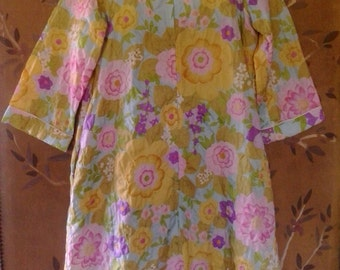 60s flower power quilt style dressing gown