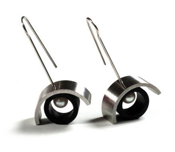 Pantelleria - Earrings Stainless Steel, Ebony and Pearls