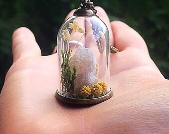 Crystal Garden Terrarium Pendant, Reiki-Infused Quartz Druzy Bell Jar Necklace, Natural Healing Stone, Real Flower Statement Jewelry, Boho
