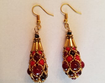 Royal Pendulum Earrings - Red and Gold
