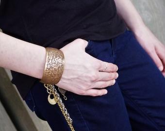 Gypsy Vintage Charm Cuff Bracelet 1980s Brass + Dark Bronze   - festival style, boho chic, vintage , charm bracelet, gypset, boho bracelet