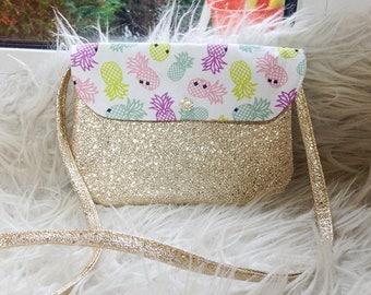 Pretty little purse for girl