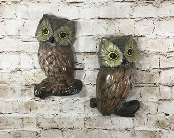 """Pair of Mid Century Modern Chalkware Hand Painted 10"""" Owl Wall Hangings Vintage Decor"""