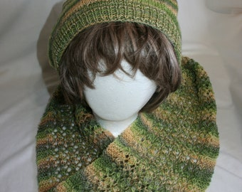 Hand made, hand knitted slouch hat and scarf set