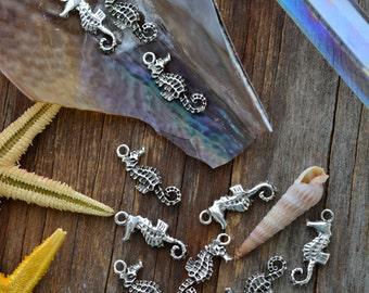 Antique Silver Seahorse Charms, 10x23mm, 2pcs / Nunn Designs, Shell Pendants, Nautical, Beach Charms, Sea Shell, Jewelry Supplies