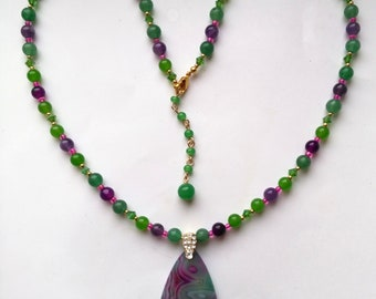 Picture Agate and Genuine Aventurine Pendant, Beaded Gemstone Necklace for Her, Fuchsia & green Necklace - OOAK Necklace by enchantedbeads