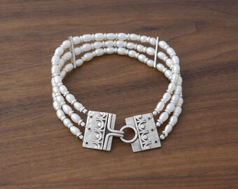 Bernadettes Ivory Pearl Bracelet