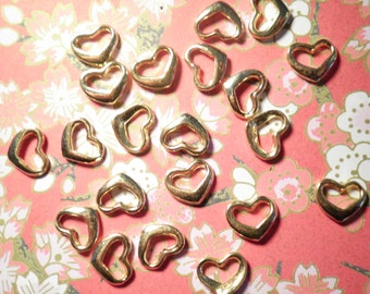 16 Vintage Goldplated 10mm Heart Charms