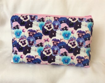 Cosmetic bag, Floral cosmetic bag, Spring makeup bag, travel bag, Travel makeup bag, Toiletry bag, Toiletry travel bag