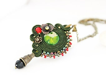 Green soutache pendant, hand beaded pendant necklace, gift for her, summer pendant, green embroidered pendant, soutache jewelry