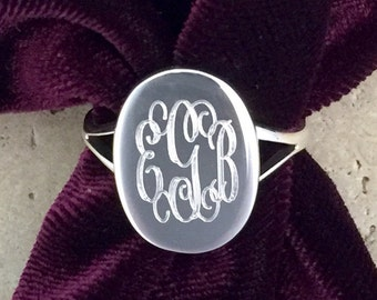 Personalized Engraved Oval Sterling Silver Monogram Ring 08032