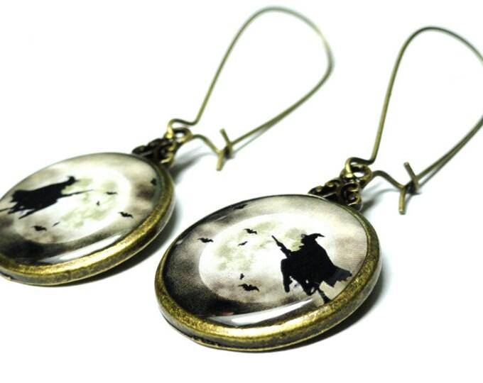 Halloween Witch Moon Earrings, Moon Earrings, Handmade, Resin Jewelry, Dangle Earrings, Handmade Earring, Resin Earrings, Goth
