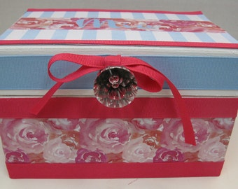 NEW!!!!  Trinket Jewelry Box- to match decor or favorite colors