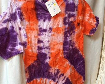 Tie Dyed T-Shirt Adult Medium  (AM-1)