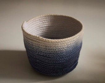 Dip-dyed Indigo Plant pot rope basket (small)
