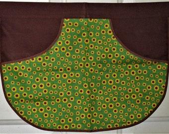 Prairie Sunflower - Clothespin Apron, Gathering Apron, Farmhouse Classic