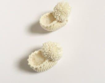 Baby PomPom Bootie, 100% Merino Wool, Newborn Bootie, New Baby Gift, Baby Shower Gift
