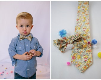 Yellow Kids Bow Tie, Liberty of London Bow Tie, yellow bow tie, little boys bow tie, mustard bow tie, toddler bow tie, ring bearer tie