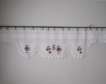 """Curtain Lace Valance Christmas Snowman Snowflake Lace Vintage White 20"""" W x 88"""" L TXTL501s"""