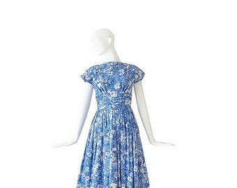 1950s Dress • 50s Blue Floral Dress • S / M Small Medium