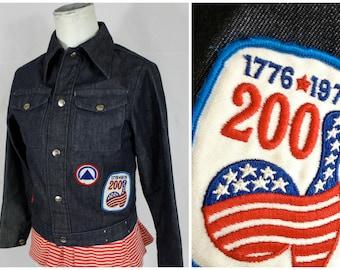 Vintage 70s Trucker Blue Jean Jacket w/ 3 Retro 1970s Red White + Blue Patches   Womens XS   30 Bust   Hipster Dark Rinse Work Wear