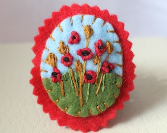 Red Poppies Brooch, Embroidered Poppies in the Corn Field Felt Flower Brooch, Embroidered Picture Pin, Felt Brooch with Poppy Embroidery
