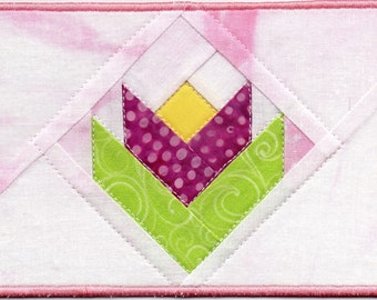 Quilters Tulip Quilted Fabric Postcard Pretty in Pink