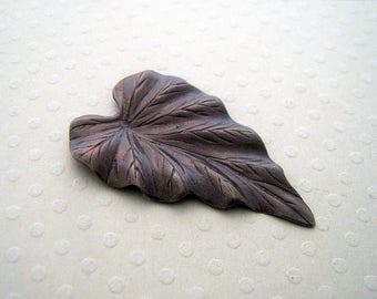 Large leaf pendant bronze 38 x 23 mm - PB-0600
