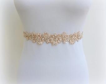 Champagne elastic waist belt. Embroidered belt. Beaded lace belt. Floral belt. Nude dress belt. Bridal belt. Bridesmaids belt.