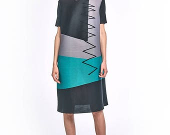 Athena Pleated Dress with block design Black