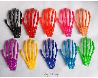 Hair clip hand plastic multicolored skeleton x 1