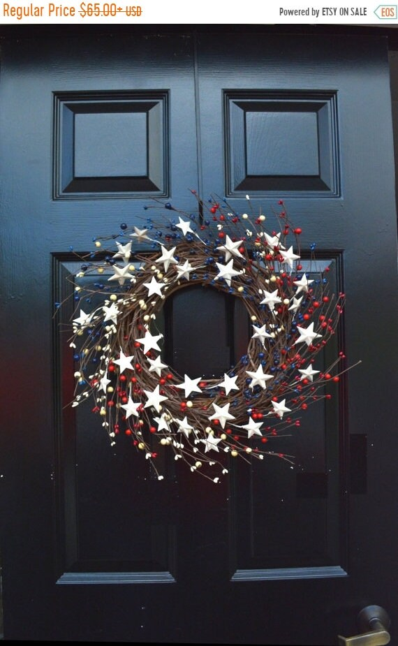 SPRING WREATH SALE Berry Wreath, Patriotic Wreath, Stars and Stripes Americana Wreath, Memorial Day Wreath, Rustic Berry Wreath, Red White a