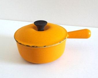 French Vintage Light Orange LE CREUSET Pan / Retro 70s Fondue Pot