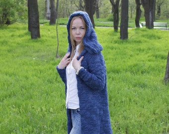 Wool cardigan blue with hood without fixing women's knitted warm cardigan sweater cardigan knitting jacket, handmade model of the season