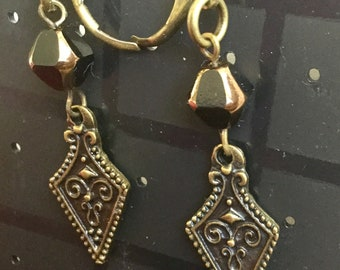 Bronze vintage style leverback earrings