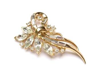 TRIFARI Brooch Vintage Trifari Rhinestone Pin Crown Trifari Brooch Trifari Jewelry Vintage Brooch 1950s Jewelry Vintage Jewelry Gift