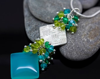 Edelstein Halskette Apatit Mint Chalcedon Peridot grün Quarz Anhänger aus Feinsilber Platz Pmc Maya aztekischer Dekolleté - Velina Platz