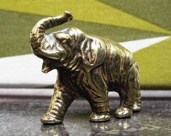 Cute Vintage Brass Elephant Figurine - Paperweight - Solid Brass