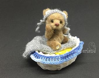 "Artist Bear  ""Gary""- Teddy bear OOAK 2.7"""