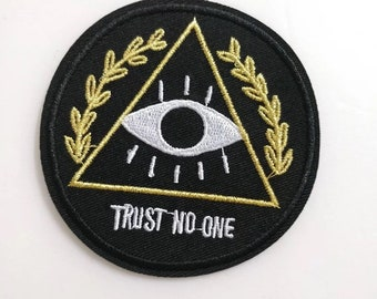 Embroidered Eye patches-trust no one  creative patches-iron on patches