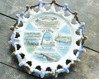 Vintage Souvenir Plate St. Louis Missouri U.S. States Wall Hanging Plate Collage Decorative Collectible Plate