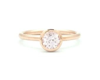 5mm Round Diamond-Cut Sapphire Bezel Set Ring - 14K ROSE GOLD