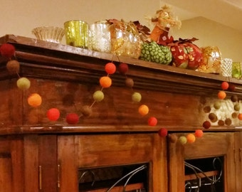 Fall Garland : Thanksgiving / Fall Felt Ball Garland