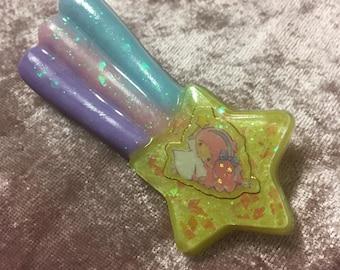 Fairy Kei Little Twin Stars  Shooting Star Brooch
