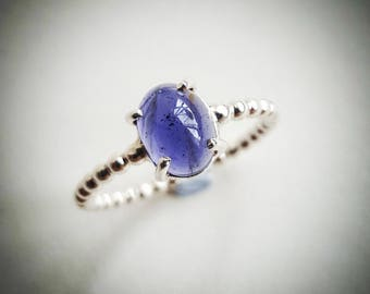 Iolite and sterling silver twist ring
