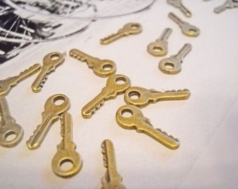 Key Charms Tiny Keys Miniature Keys Skeleton Key Tiny Skeleton Keys Bronze Keys Bronze Key Charms BULK Keys 50 pieces
